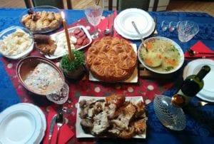 bozicna trpeza mondo 24 nikola 300x202 - Comment fête-t-on Noël... en Serbie ?